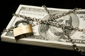 money_chained_up